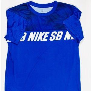 Men's Nike sb dry fit t shirt